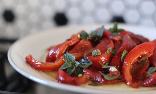 roasted-peppers-pepperone-arrostiti-recipe-hare-tortoise-kitchen