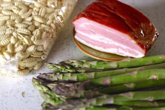 gnocchi-sardi-asparagus-smokedbakon-pasta-recipe
