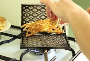 pizzelle-recipe-italian-waffles-6